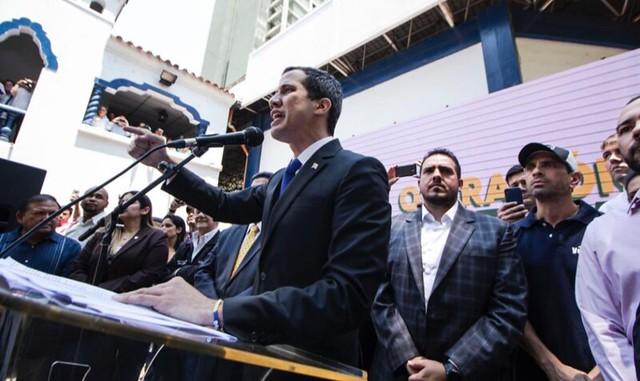 Controladoria-Geral da Venezuela suspende direitos políticos de Guaidó por 15 anos