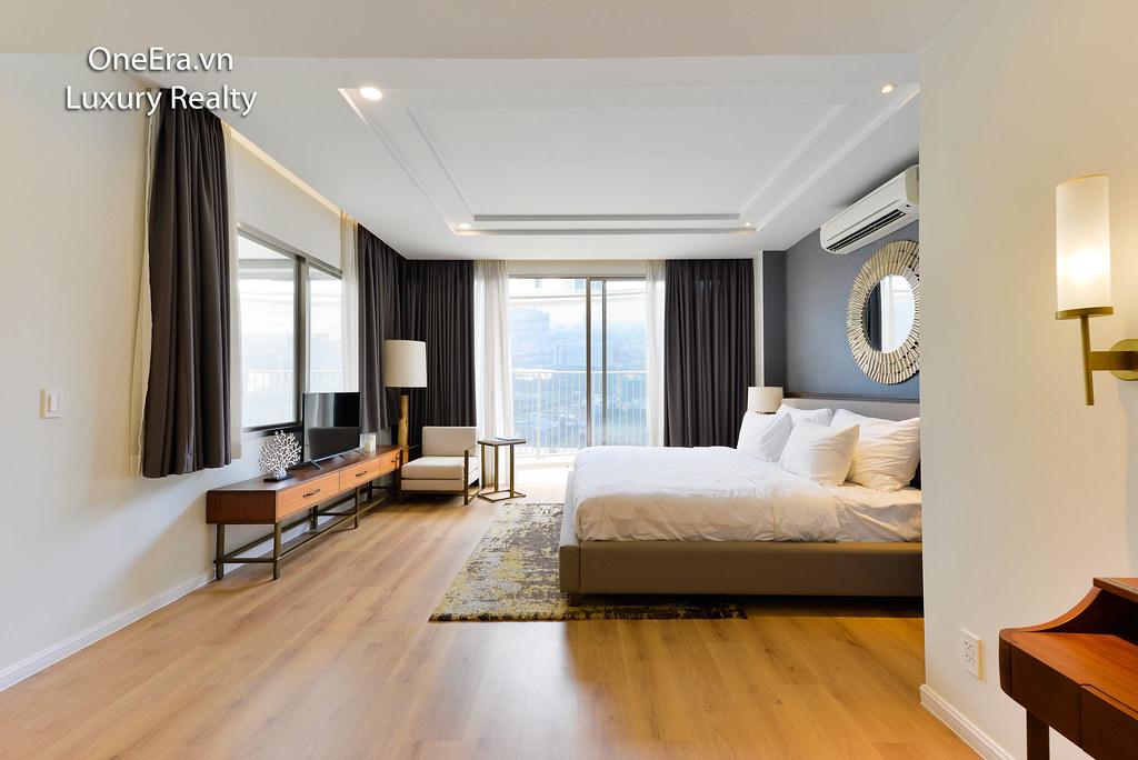 Phòng ngủ master - view sông Saigon