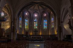 Le Plan.L'église gothique Saint-Pierre. (XIVe).