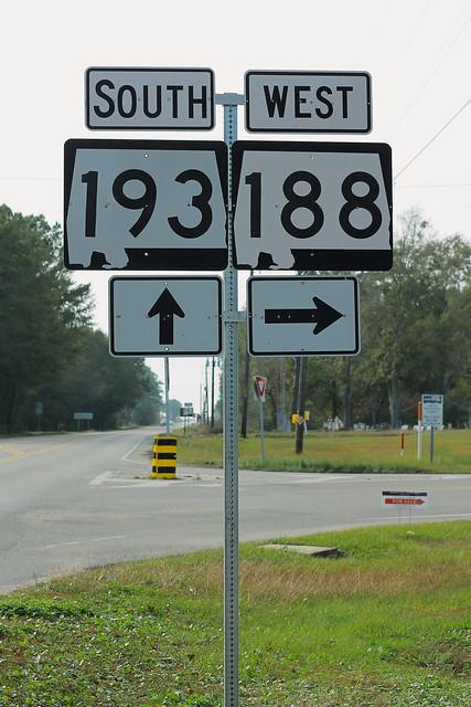 AL193 South AL188 West Signs