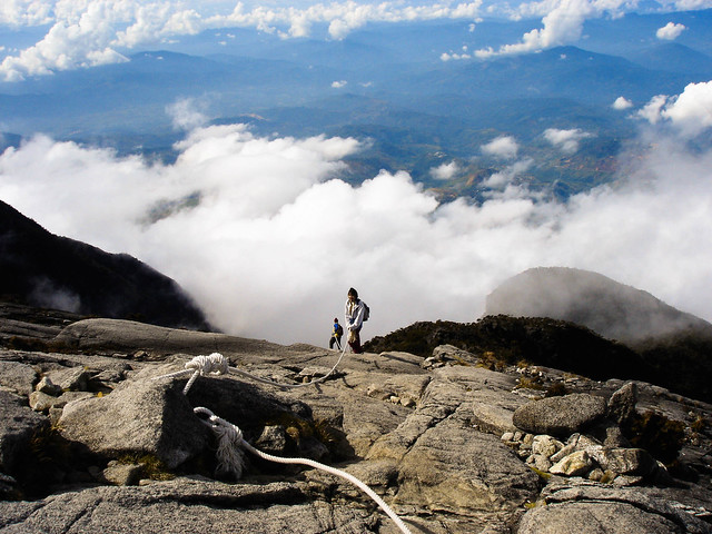 Going downhill, Mt Kinabalu 2004, Sony DSC-P100