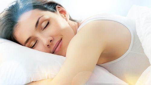 6 Tips Tidur Nyenyak Tanpa Khawatir Asam Lambung Kambuh