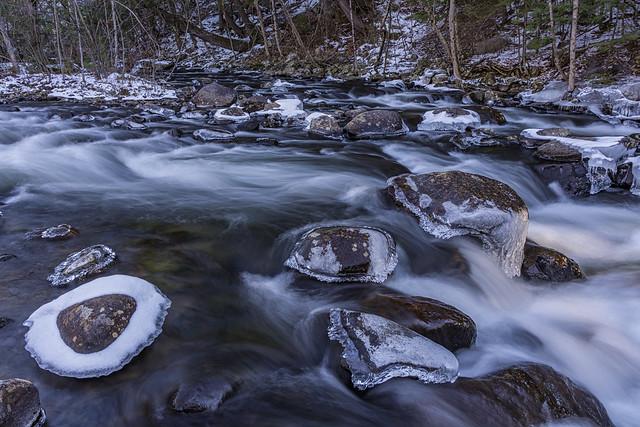 December Icy Waters, Nikon D7200, AF-S DX Nikkor 18-300mm f/3.5-6.3G ED VR