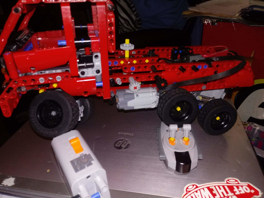 Lego technic 8273 off road mod fire sem-truck support