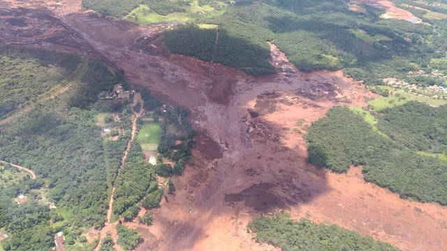 A dam collapsed in Minas Gerais, the same state where the worst man-made environmental disaster in Brazil's history happened three years ago - Créditos: Minas Gerais fire department