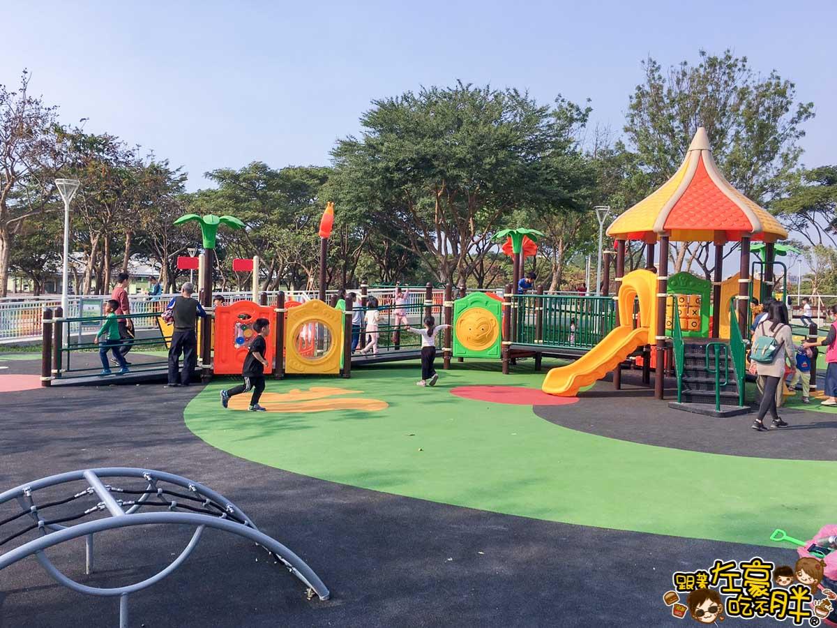 衛武營都會公園共融遊戲場 衛武營遊戲場