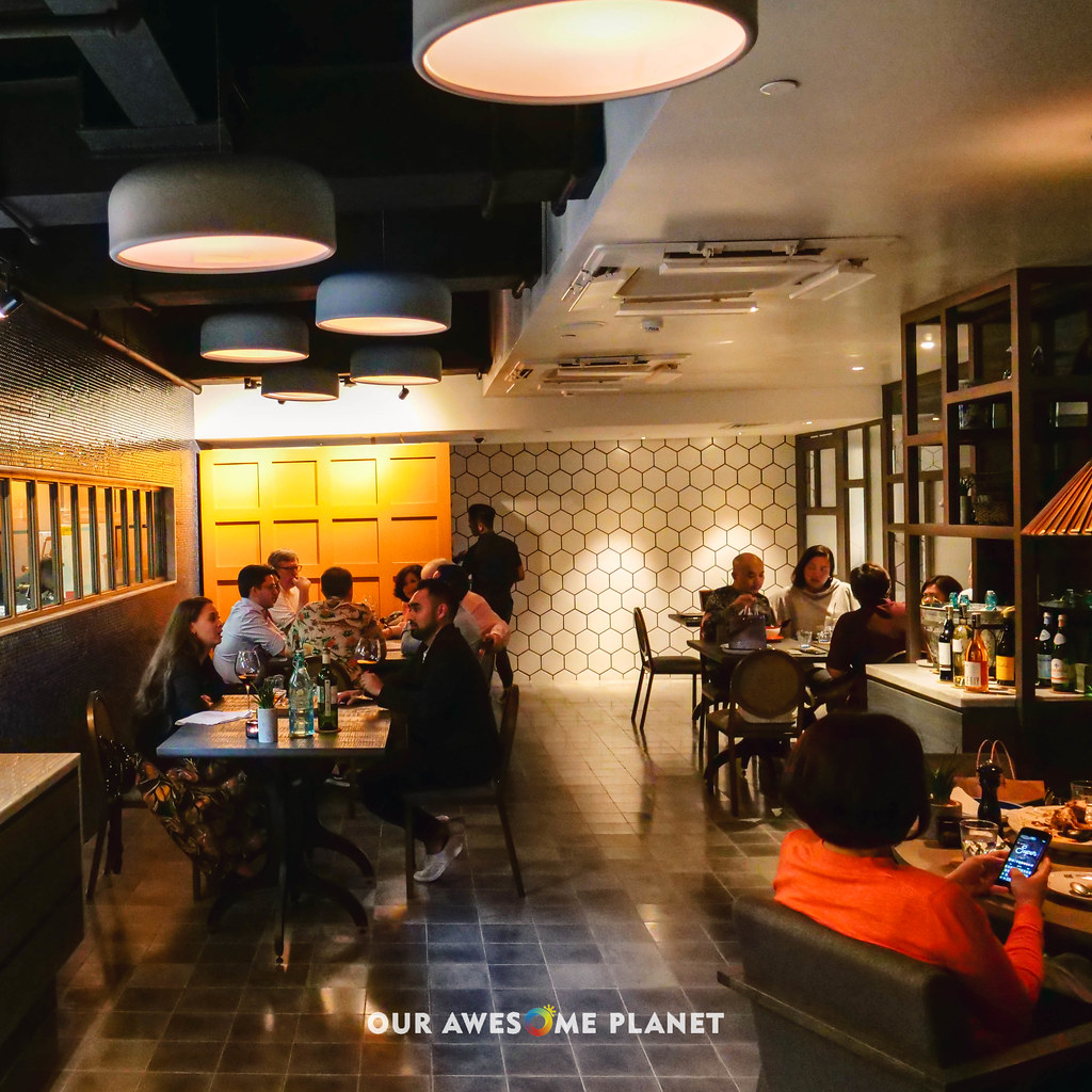 Q Bar And Kitchen: Q&A Kitchen Makati Valentine's: Is It Now Worth Going To
