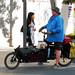Un ciclista y su perro por laap mx