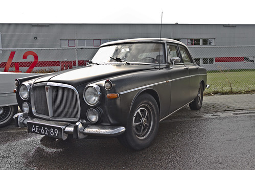 Rover 3.5 Litre Saloon 1968 (0827)