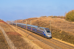 21 janvier 2019  TGV D 810-619 Train 9713 Paris-Gare-de-Lyon -> Perpignan (Barcelone) Serbonnes (89)