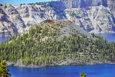 Wizard Island Cinder Cone (Holocene, ~7.2 ka; Crater Lake Caldera, Oregon, USA) 20