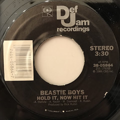 BEASTIE BOYS:HOLD IT, NOW HIT IT(LABEL SIDE-A)