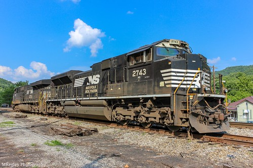 NS 2743 and 8124 on the side track behind town in Appalachia, VA 2014.