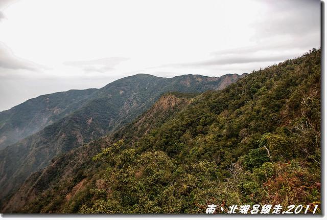 1270峰北望北湖呂稜線