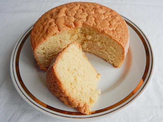 Классический бисквит с добавлением крахмала, кулинарный эксперимент | HoroshoGromko.ru