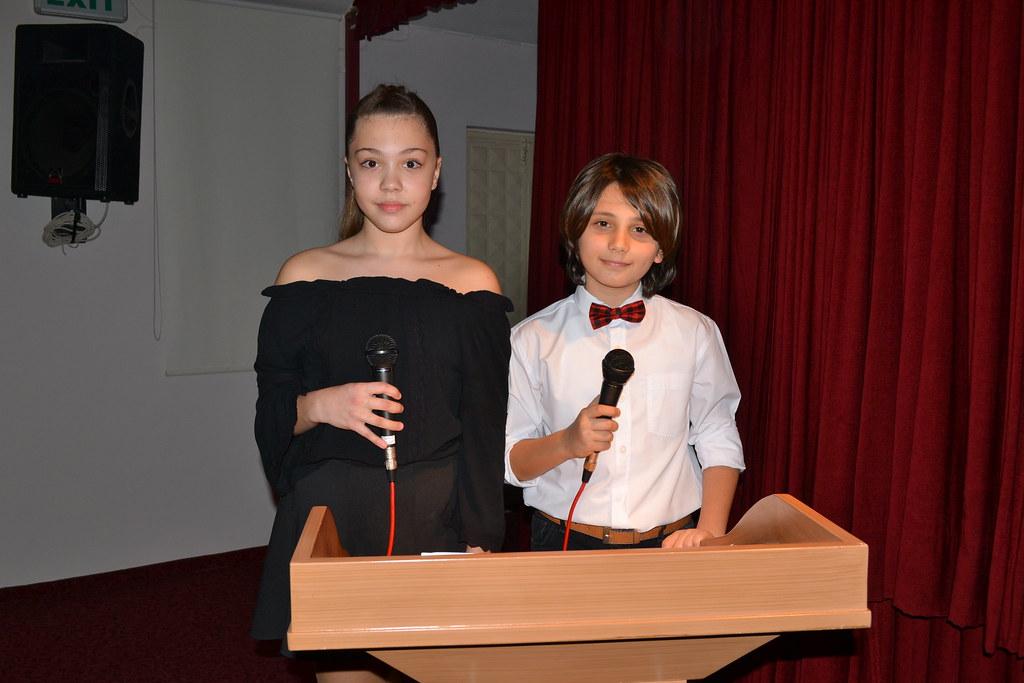 ÖHEP öğrencilerinden şiir dinletisi
