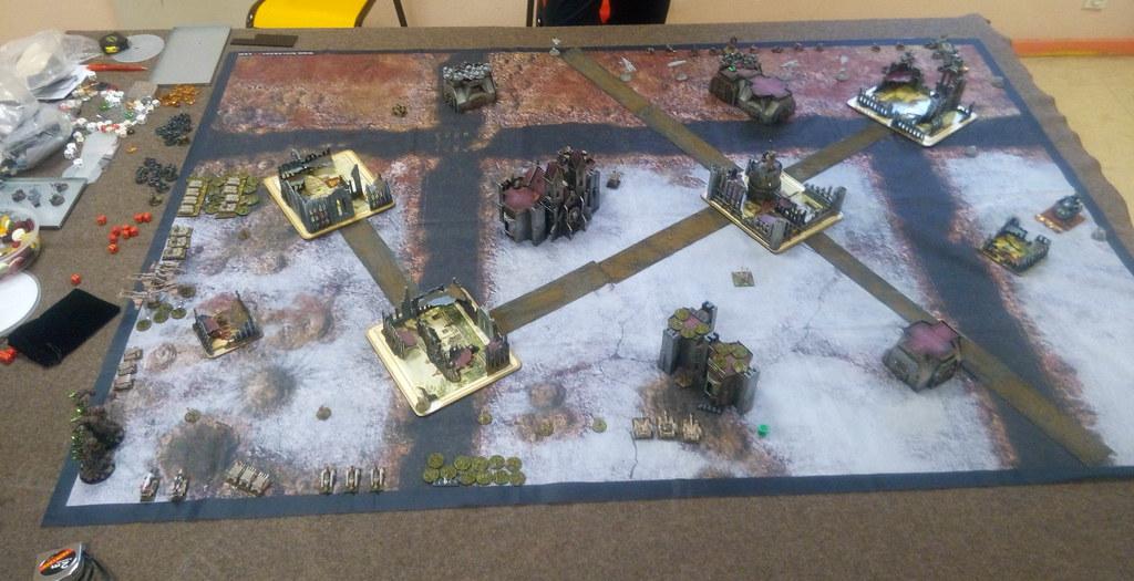[Crazy Orc, 22.12.18] Astra Militarum vs Squats (4000pts)  46373940112_3faac4ec99_b