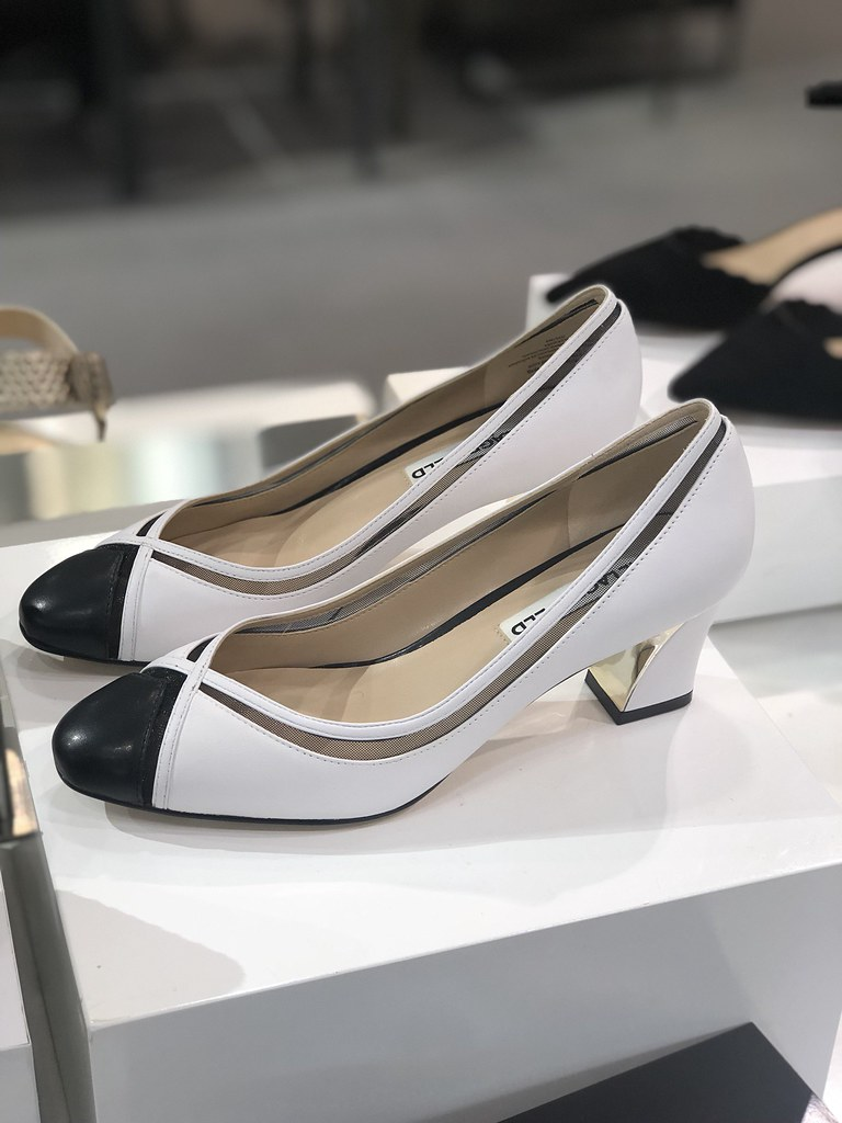 Karl Lagerfeld Paris Agatha Classic Almond-Toe Pumps
