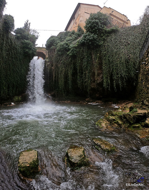 Disfrutando de Tobera y sus cascadas (17)