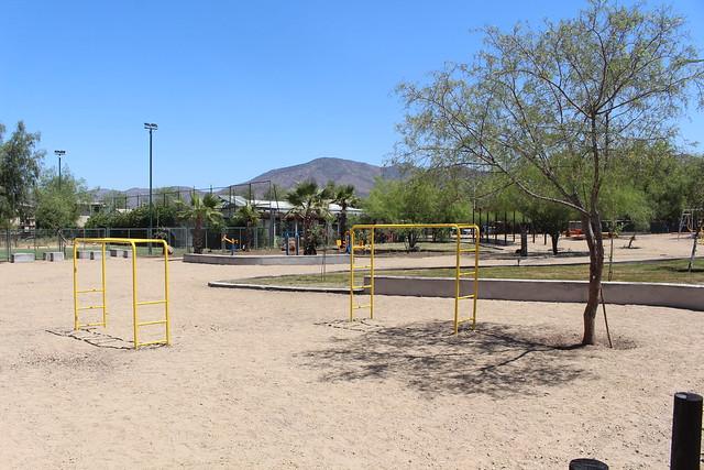 Plaza Camino El Sol | Villa San Alfonso | Colina