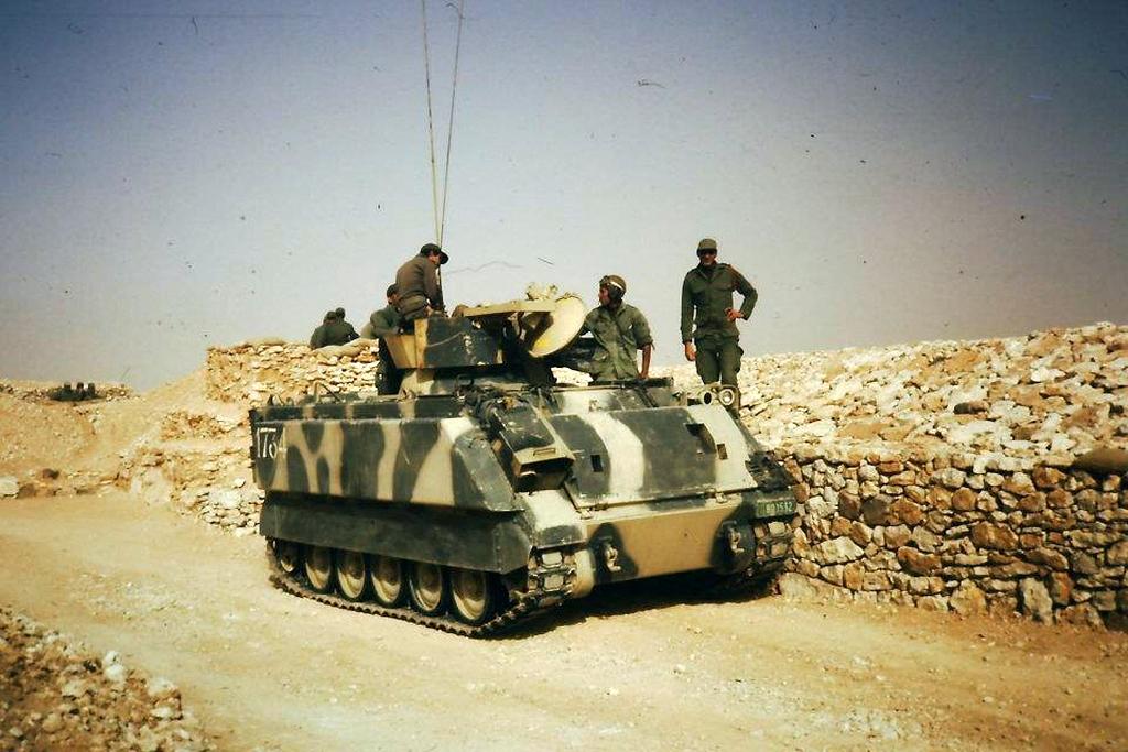Le conflit armé du sahara marocain - Page 11 33575180318_97de6283c5_o