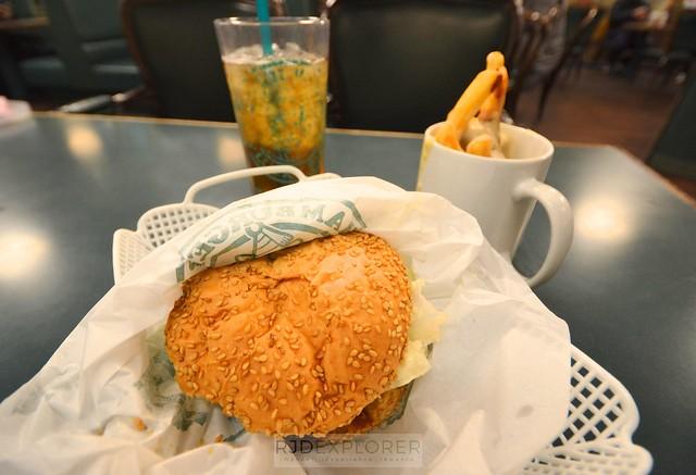 hokkaido itinerary hakodate lucky perriot where to eat