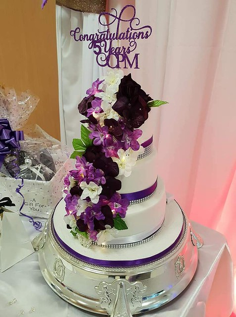 Cake by Allstarz Cakes & Cupcakes