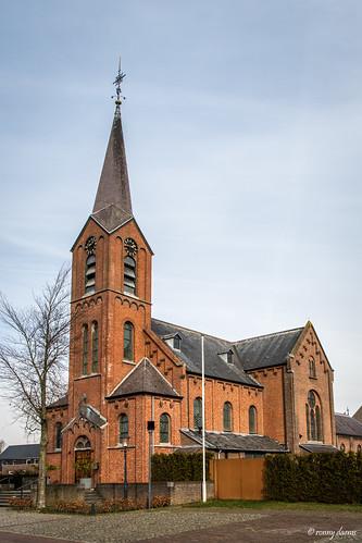 Hulsel, Sint-Clemenskerk.