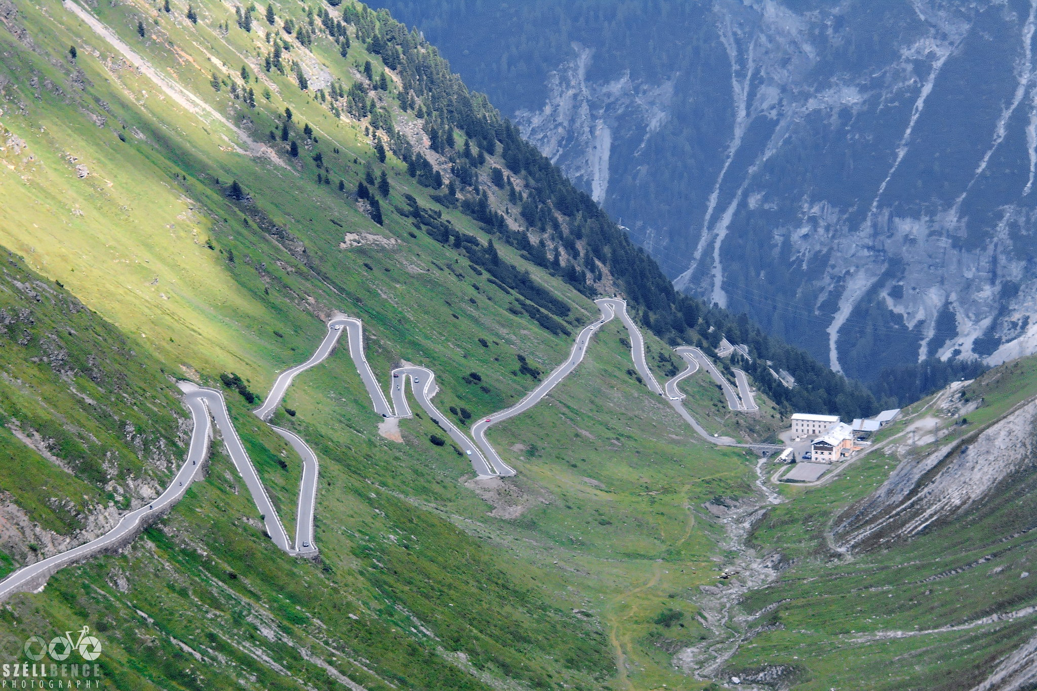 A segment of hairpins in the valley