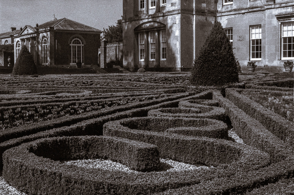 Sledmere House formal gardens - Download Photo - Tomato to - Search