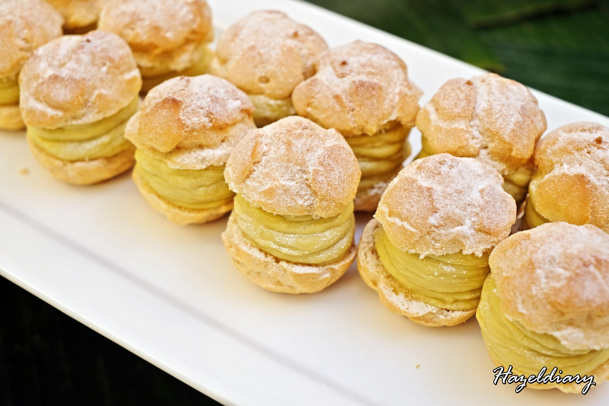Goodwood Park Hotel-Durian Desserts-Durian Puff