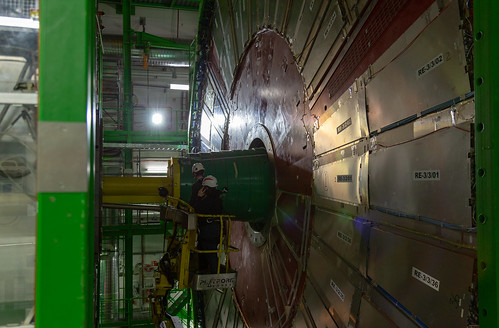 Workers in CMS at CERN 1