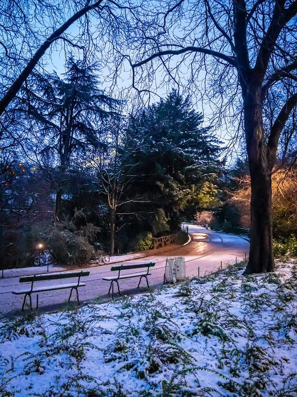Petit matin de neige sur les Buttes... 33075763088_a2b1d5a9a2_c