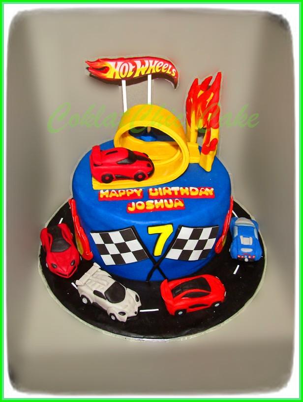 Cake HotWheels JOSHUA 18 cm