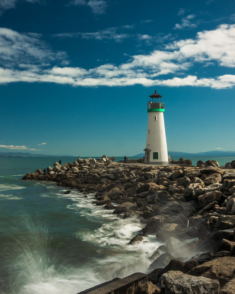 Photographing America: Lighthouses - cover