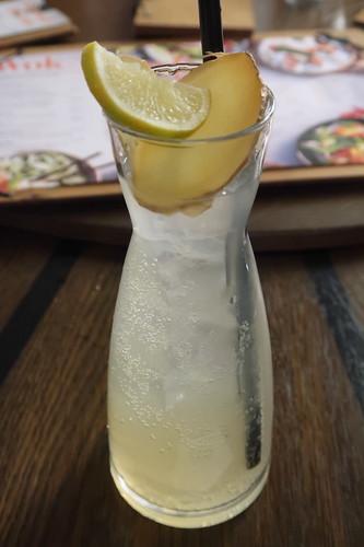 Homemade Ingwer-Zitronengras-Limonade