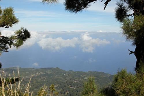 View down to the north coast near Hoya Grande