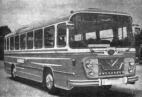 autocar Karpetan