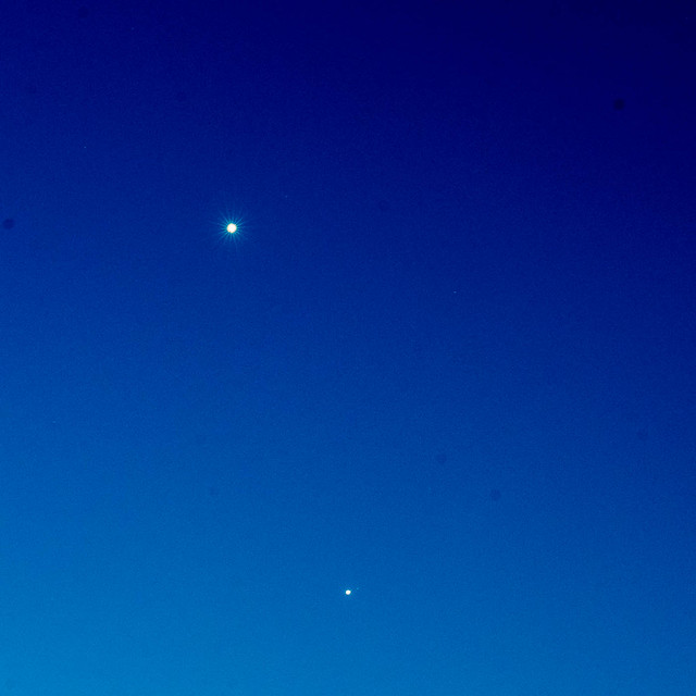 Venus and Jupiter ~ 8885, Nikon D750, AF-S VR Nikkor 200mm f/2G IF-ED