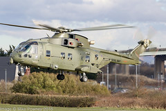 ZJ126 - 2000 build EH Industries EH.101 Merlin HC.3i, lifting prior to departure from Barton