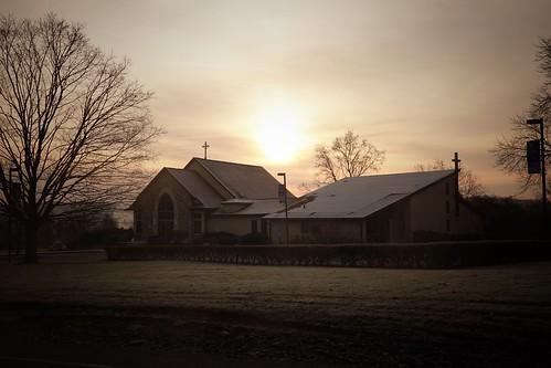 church sunrise cloudly foggy nj newjersey mercercounty tree