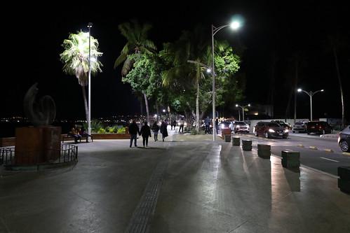 Malecon de La Paz, noche