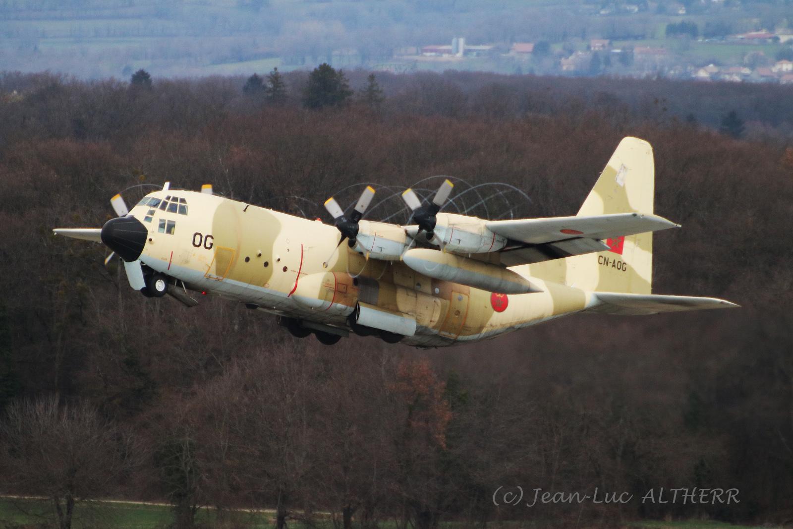 FRA: Photos d'avions de transport - Page 37 40352432103_601e695bc7_o