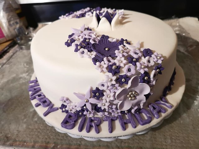Cake by Betty Rocker Bakes