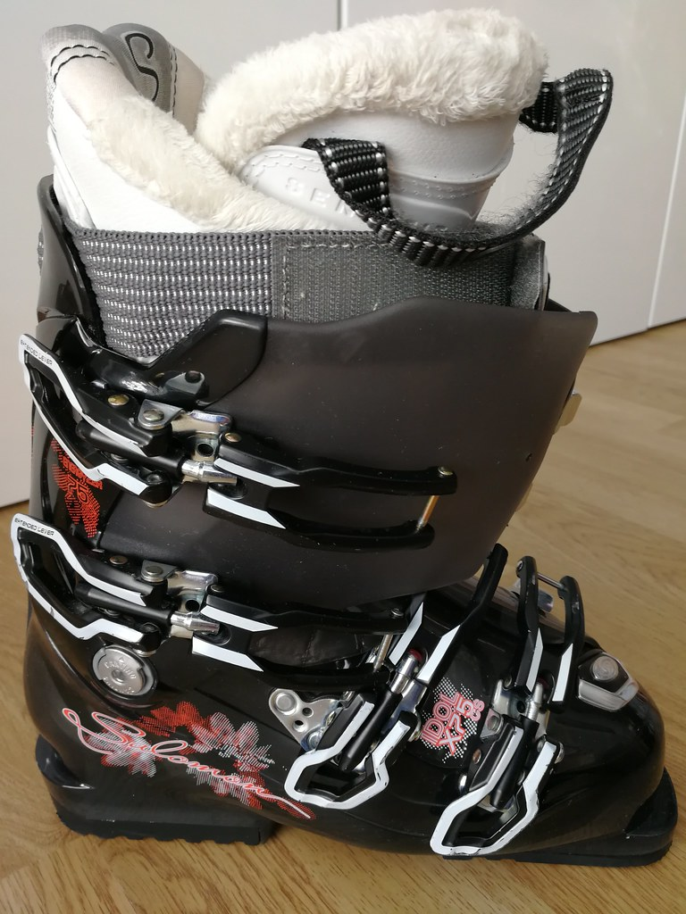 sjezdové - boty Salomon - Bazar lyží a lyžařského vybavení - SNOW.CZ 142ac071a4