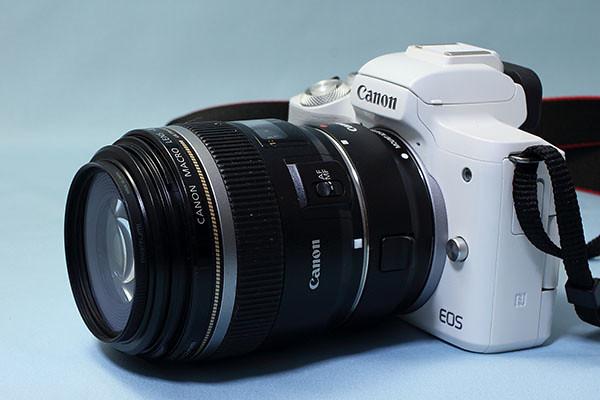 EOS Kiss M + EF-S 60mm F2.8 USM