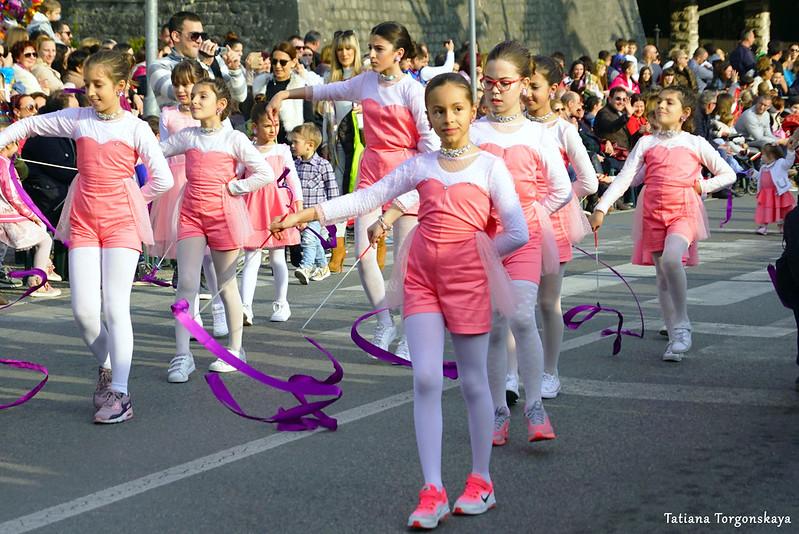 Танец девочек на Зимнем карнавале