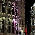 Hôtel de Ville et `Le renard` (Maison de la corporation des merciers) Grand Place, Bruxelles, Belgium