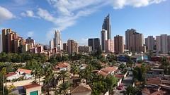 Fabulosas vistas despejadas y muy soleado. Solicite más información a su inmobiliaria de confianza en Benidorm  www.inmobiliariabenidorm.com
