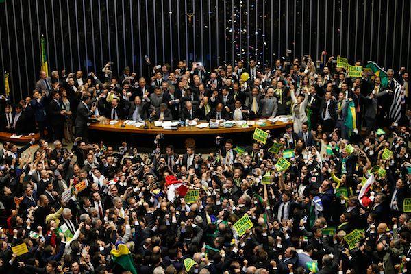 Paralmentares vão receber R$ 3 bilhões até o final do ano - Créditos: Câmara dos Deputados